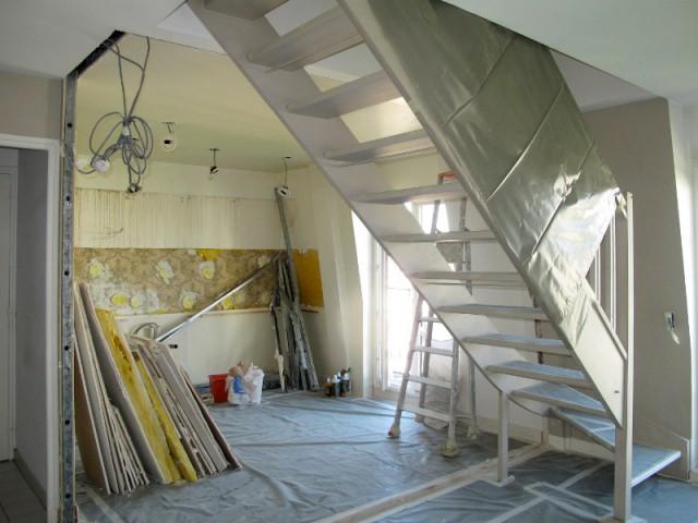 Décloisonner la cuisine pour apporter de la lumière - Avant/après : un duplex valorisé et optimisé