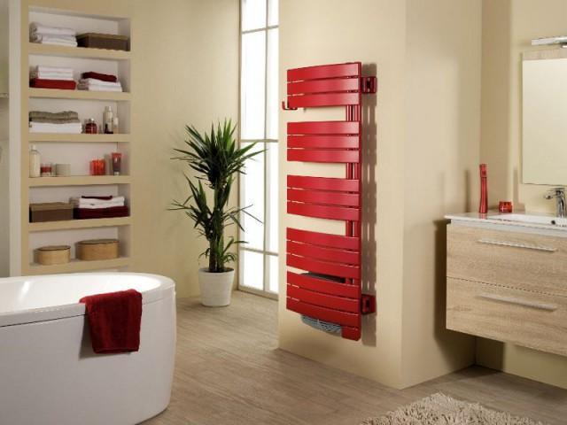 1 radiateur s che serviettes en harmonie avec ma salle de bains - Pose d un seche serviette ...