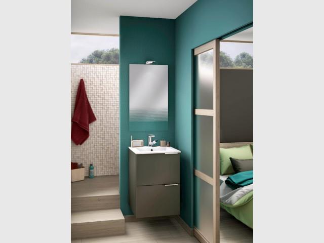 suite parentale 10 solutions pour s parer la chambre de la salle de bains. Black Bedroom Furniture Sets. Home Design Ideas