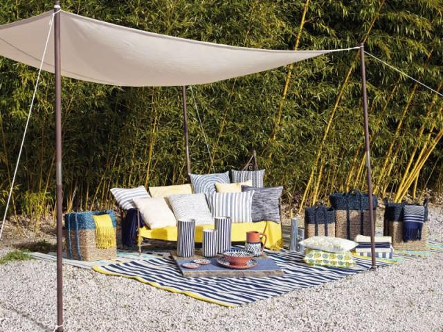 Une voile d'ombrage sur pied pour une sieste comme sur la plage - Quelles solutions pour se protéger du soleil ?
