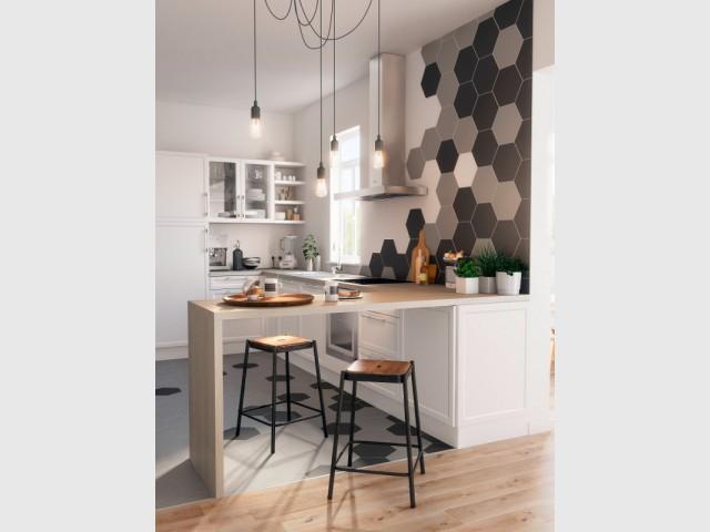 10 astuces pour agrandir une petite cuisine for Petite cuisine en u avec bar