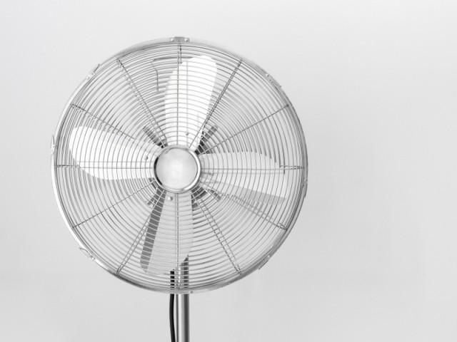 ventilateur maison affordable brasseur d air efficacit types co t ooreka et ventilateur de. Black Bedroom Furniture Sets. Home Design Ideas