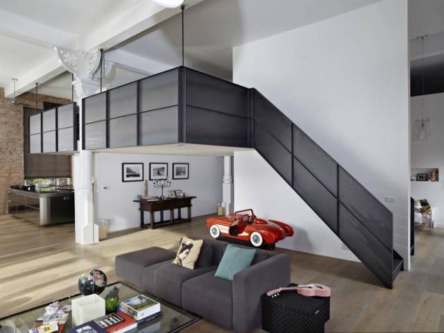 1 loft combine style industriel et l gance du blanc for Cloison style industriel