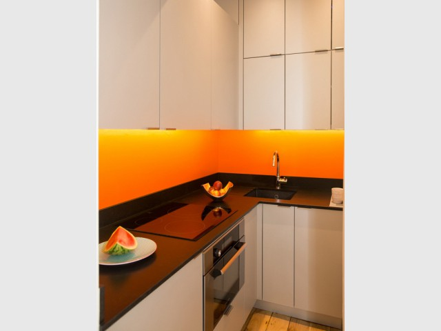 Une cuisine fonctionnelle et chaleureuse
