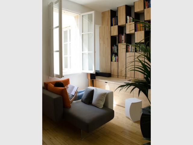 des meubles en bois sur mesure pour restructurer un appartement bordelais. Black Bedroom Furniture Sets. Home Design Ideas