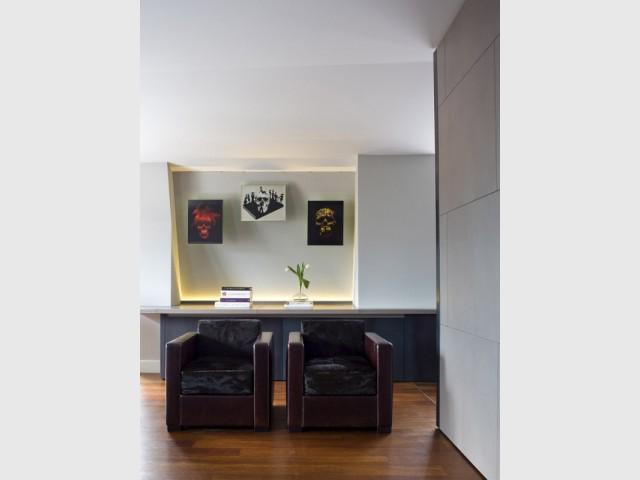 Deux fauteuils pour un salon improvisé