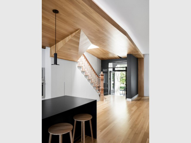 Un aménagement intérieur inspiré par les branches d'un arbre