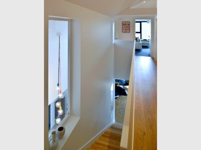 Un étage optimisé et rempli de rangements astucieux
