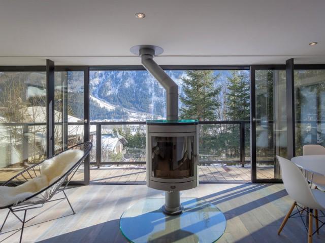 1 chalet modernis devient miroir du mont blanc. Black Bedroom Furniture Sets. Home Design Ideas