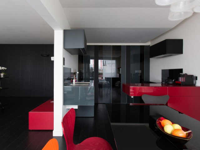 Une cuisine ouverte sur le salon