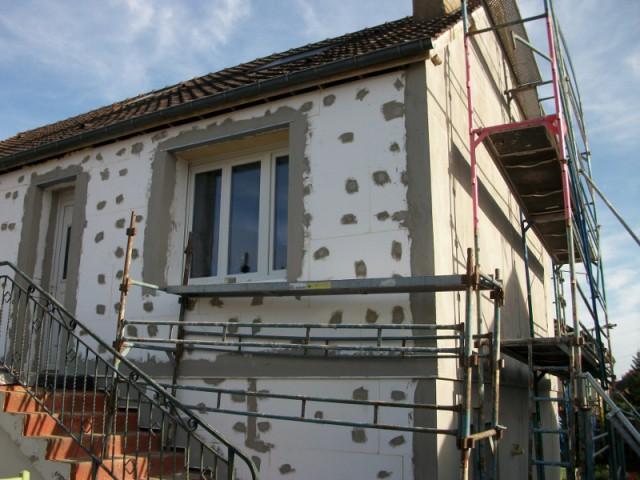 Isolation thermique par l 39 ext rieur pour une maison des for Isolation facade exterieur