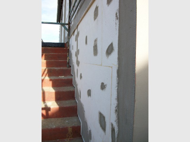 L'escalier, une partie délicate du bâti - Isolation thermique par extérieur pour une maison