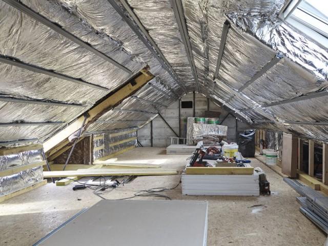 Une maison francilienne de 90m2 isole ses combles les for Plan amenagement combles