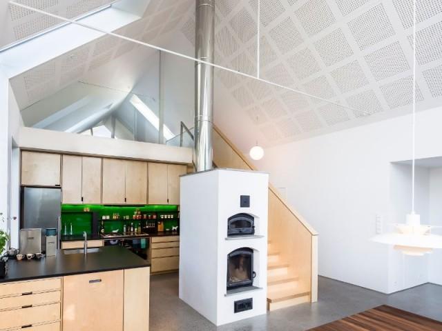 Extension contemporaine pour une ferme traditionnelle for Architecture traditionnelle scandinave