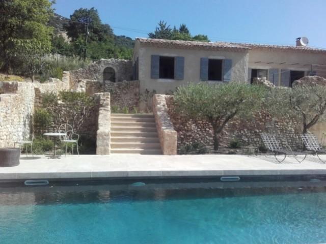 Une nouvelle piscine pour sublimer le jardin