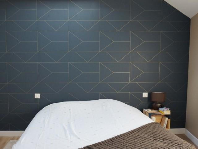 Une tête de lit douce et graphique