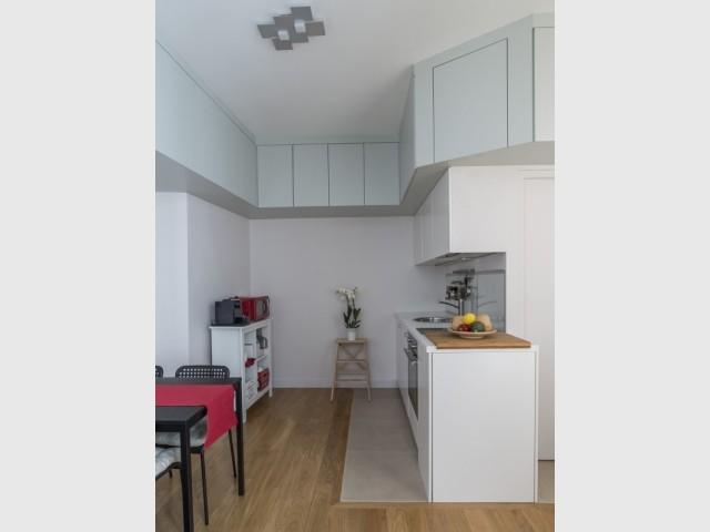 Une cuisine optimisée jusqu'au plafond