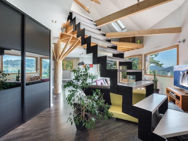 Un escalier design et aérien
