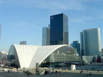 Voyage architectural au cœur de La Défense