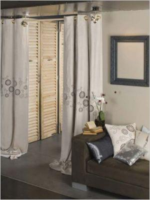 les rideaux se d voilent notre loft. Black Bedroom Furniture Sets. Home Design Ideas