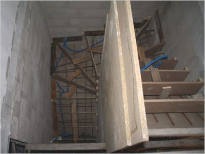 Construction d 39 un escalier b ton page 5 for Escalier beton design