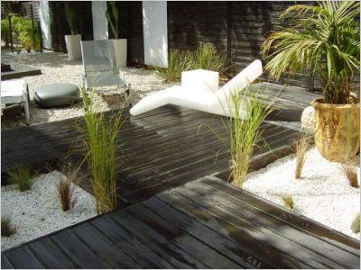 Un jardin zen en noir et blanc page 2 for Amenagement exterieur jardin zen