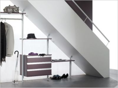 solutions pratiques pour gagner de la place dans son garage maisonapart. Black Bedroom Furniture Sets. Home Design Ideas