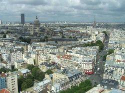 Paris planche sur le mobilier urbain intelligent