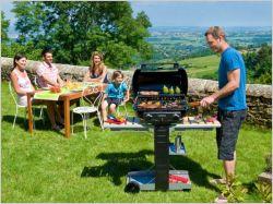 Barbecue et jardinage : deux activités chères aux Français