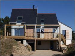 Une maison bioclimatique contre vents et marées