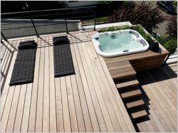 Transformer son toit en terrasse : création d'une terrasse spacieuse et équipée