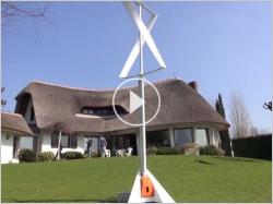 Une éolienne installée en une heure dans mon jardin (VIDEO)