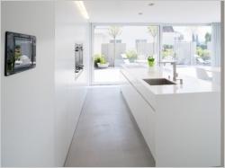 Corian et compagnie : dix idées pour utiliser la résine minérale dans la maison