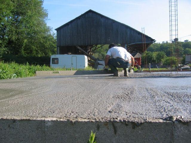 Couler une dalle de b ton for Couler une dalle beton exterieur
