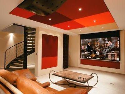 cin ma en sous sol. Black Bedroom Furniture Sets. Home Design Ideas