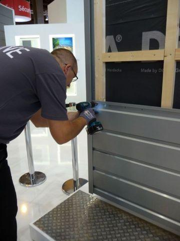 Le montage d 39 un bardage en zinc for Interieur zinc