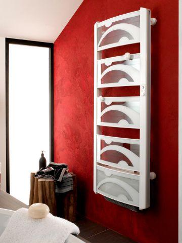 quelle puissance pour mon radiateur s che serviettes maisonapart. Black Bedroom Furniture Sets. Home Design Ideas
