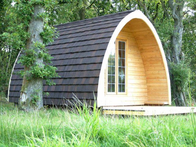 le pod un petit cocon bois rafra chissant. Black Bedroom Furniture Sets. Home Design Ideas