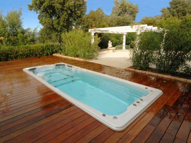 1 spa de nage dans son jardin en 24h chrono. Black Bedroom Furniture Sets. Home Design Ideas