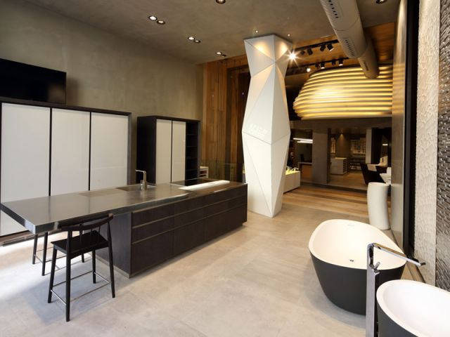 Porcelanosa inaugure son tout premier showroom paris for Porcelanosa carrelage cuisine