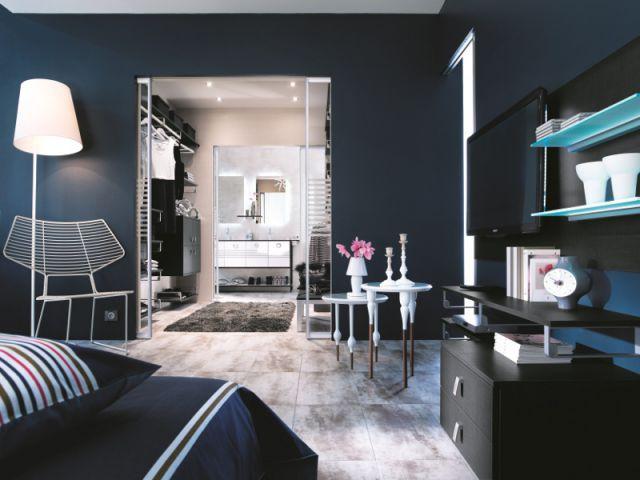 une suite parentale en enfilade maisonapart. Black Bedroom Furniture Sets. Home Design Ideas
