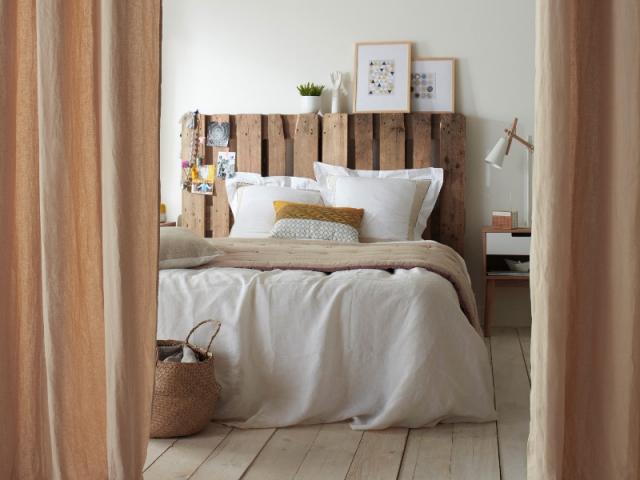 Chambre 10 t tes de lit faire soi m me maisonapart - Tete de lit en palette a faire soi meme ...