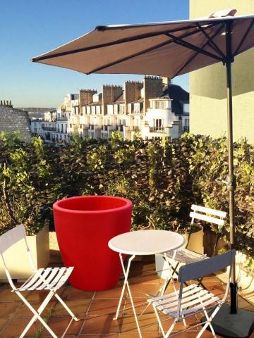 Balcon tour d 39 horizon des solutions pour se prot ger du vis vis - Isoler son jardin des regards ...