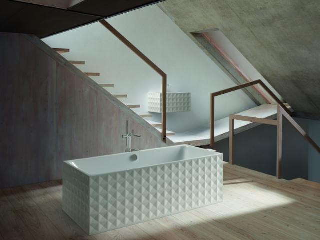 Surface texturée pour une baignoire et une vasque
