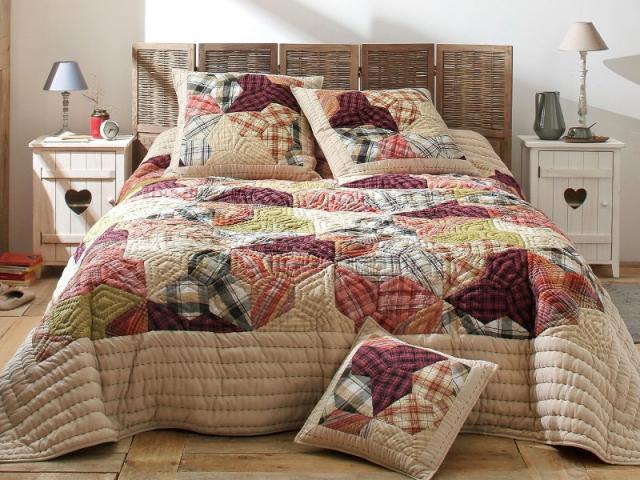 DIY : un paravent comme tête de lit
