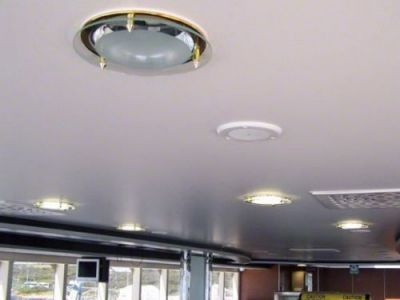 Le lambris de plafond for Peindre un plafond en lambris pvc