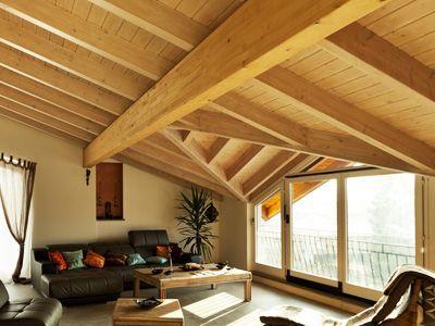 Le plafond classique - Habiller un plafond abime ...