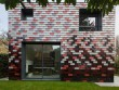 Fiche pratique : une maison s'offre une extension recouverte de tuiles de la tête aux pieds