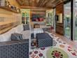 """Une enveloppe en """"bois de granges"""" pour un intérieur ultra chaleureux"""