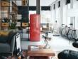 Un réfrigérateur vintage qui ose le rouge